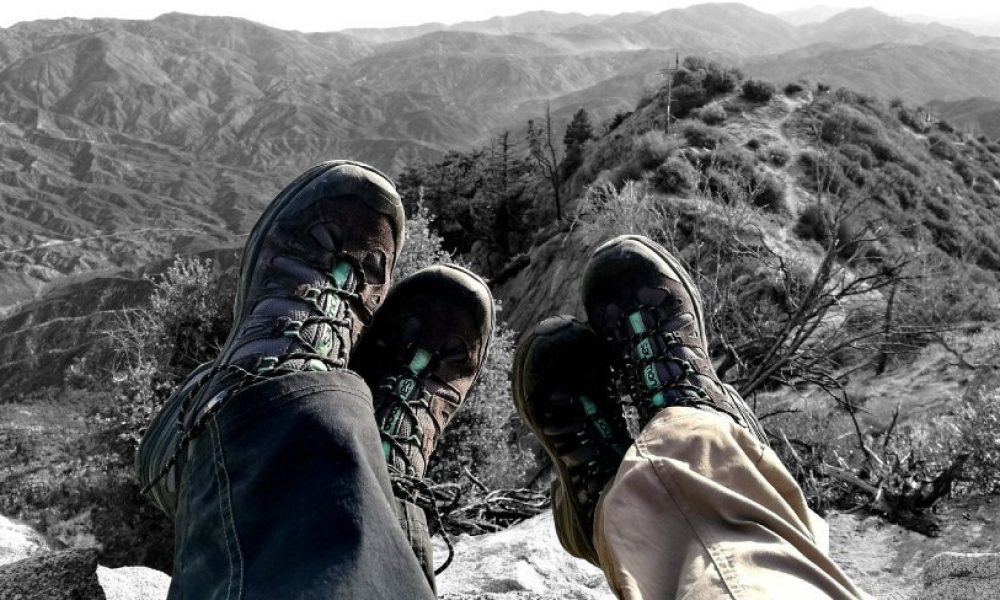 hiking-boots-vs-trail-shoes-cover