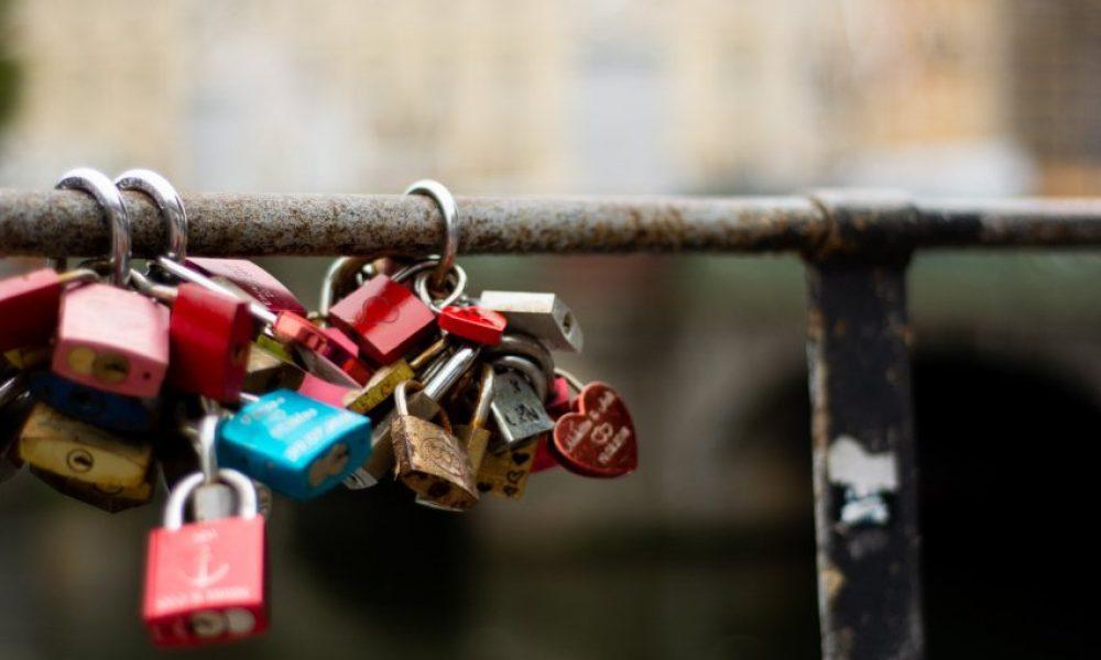 padlocks-travel-anti-theft-gear.cover